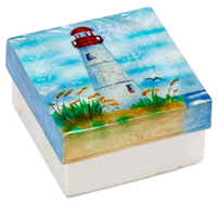 Lighthouse at waters edge box.