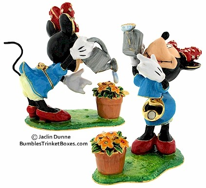 The Disney Minnie Mouse Watering Flowers ring box will NOT hold our